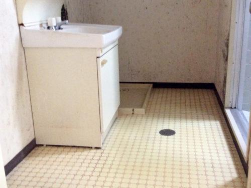 宗像市アパート洗面所リノベーション前